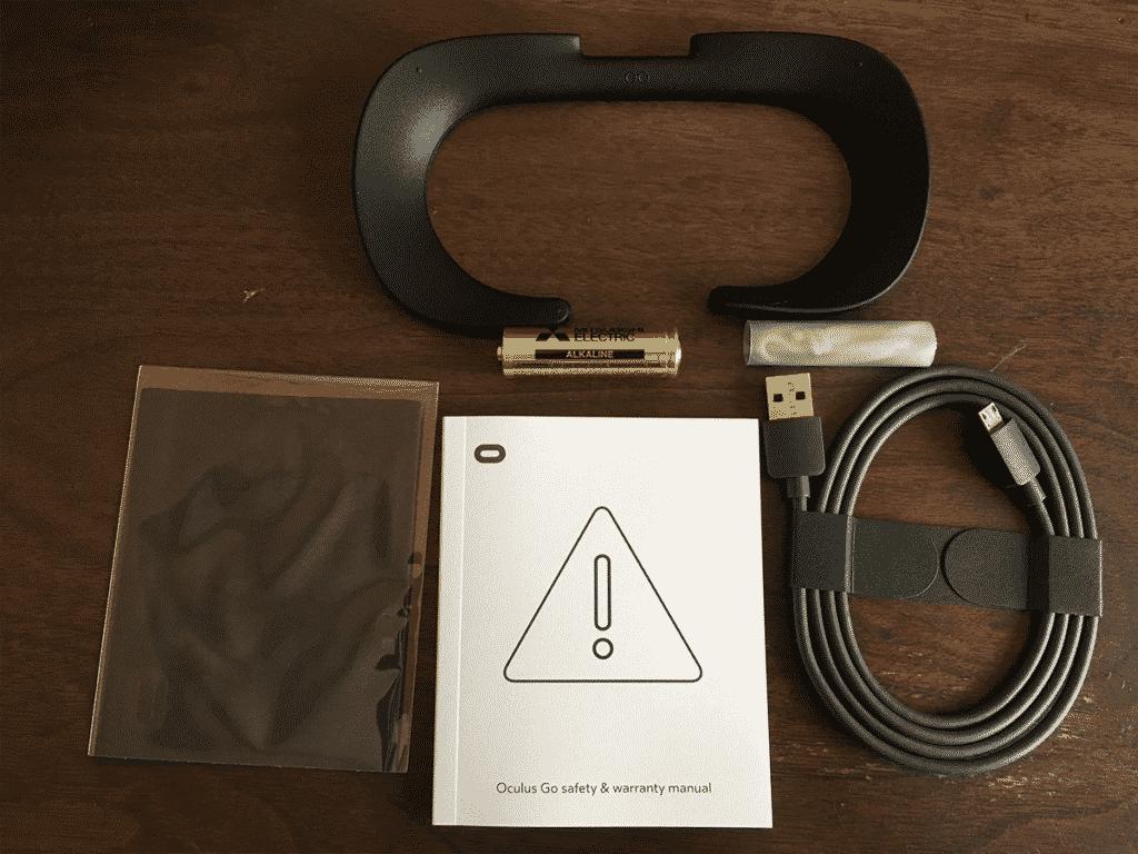 Oculus Go(オキュラス ゴー)開封Oculus Go(オキュラス ゴー)付属品